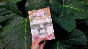Read more about the article Cantik dan Sarat Emosi, Review Buku Antologi Jejak Kenangan